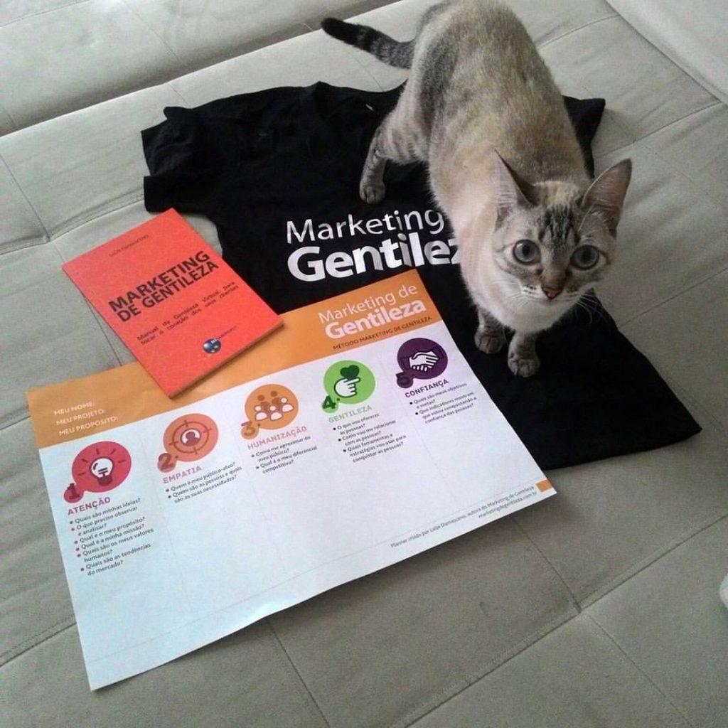 Foto kit marketing de gentileza