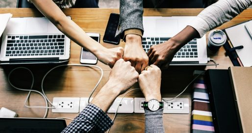 10 qualidades pessoais que todos nós precisamos ter, somos capazes de desenvolver e que influenciam positiva e diretamente na imagem do nosso negócio. Marketing de Gentileza